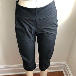 Lululemon Studio Crop Black Capri Pants Pull On